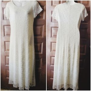 Women's Ronnie Nicole Bridal Style Maxi Dress/Gown